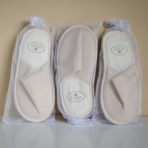 NEVER WORN - Cozy Crown Slippers Bundle (QTY:5)